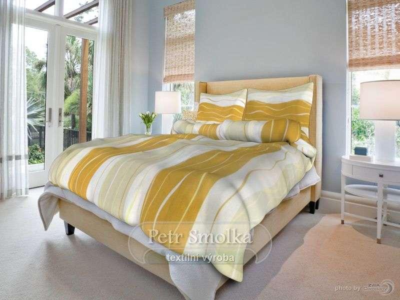 Kvalitné bavlnené obliečky s motívom prúžkov ladené do žlto-hnedej farby Smolka