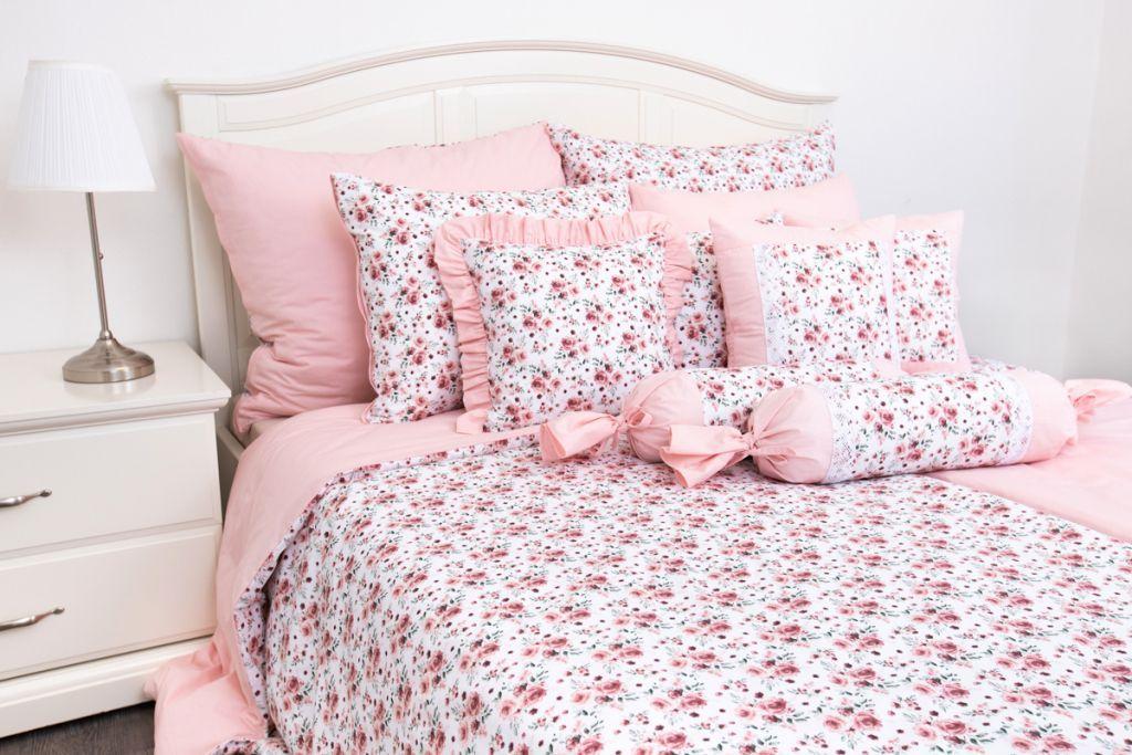 Prikrývka ROSE / UNI pink so vzorom ruží ladené do ružovej farby český výrobce
