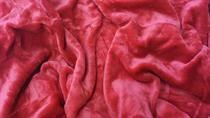 Mikroflanelová plachta tmavo červená