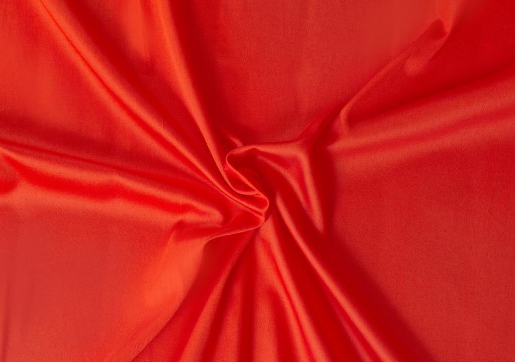 Červená saténová plachta LUXURY COLLECTION Kvalitex