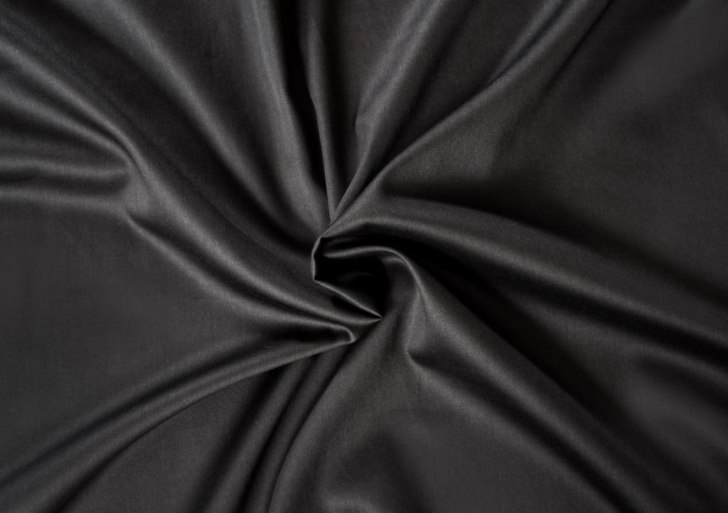Čierna saténová plachta LUXURY COLLECTION Kvalitex