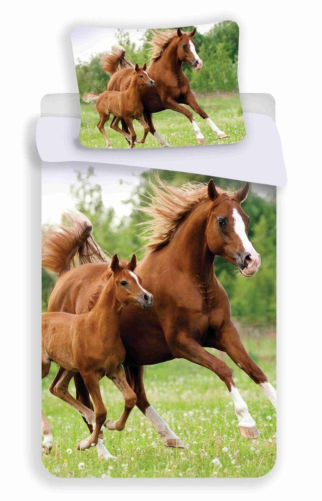 Bavlnené obliečky s motívom koňa a žriebätka Jerry Fabrics