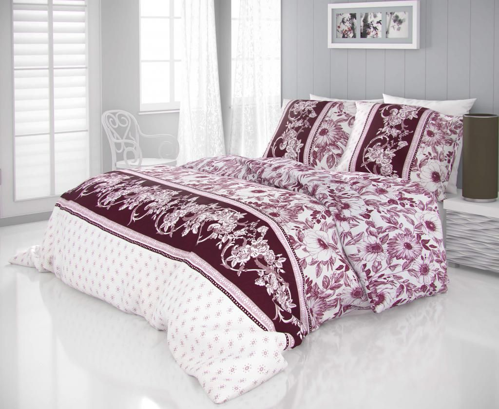 Luxusné saténové obliečky so vzorom kvetov vínovej farby na bielom podklade Kvalitex