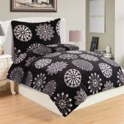 Mikroflanelové čierne obliečky s bielym vzorom ornamentov   1x 140/200, 1x 90/70